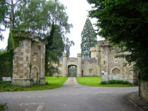 castle or gatehouse