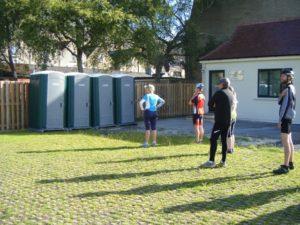 toilet queues