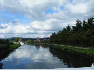 22-canal-break-view